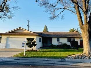 Photo of 1629 Ascot Drive, Modesto, CA 95350 (MLS # 221011571)