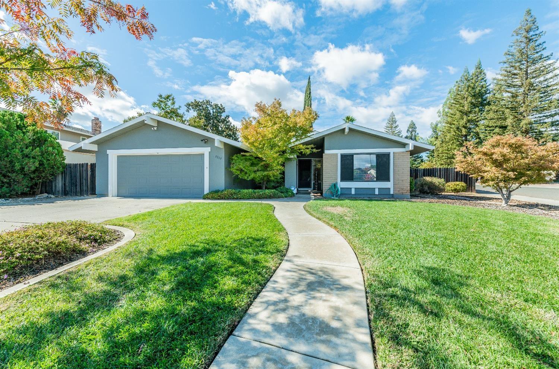 8200 Blue Oak Way, Citrus Heights, CA 95610 - MLS#: 221134574