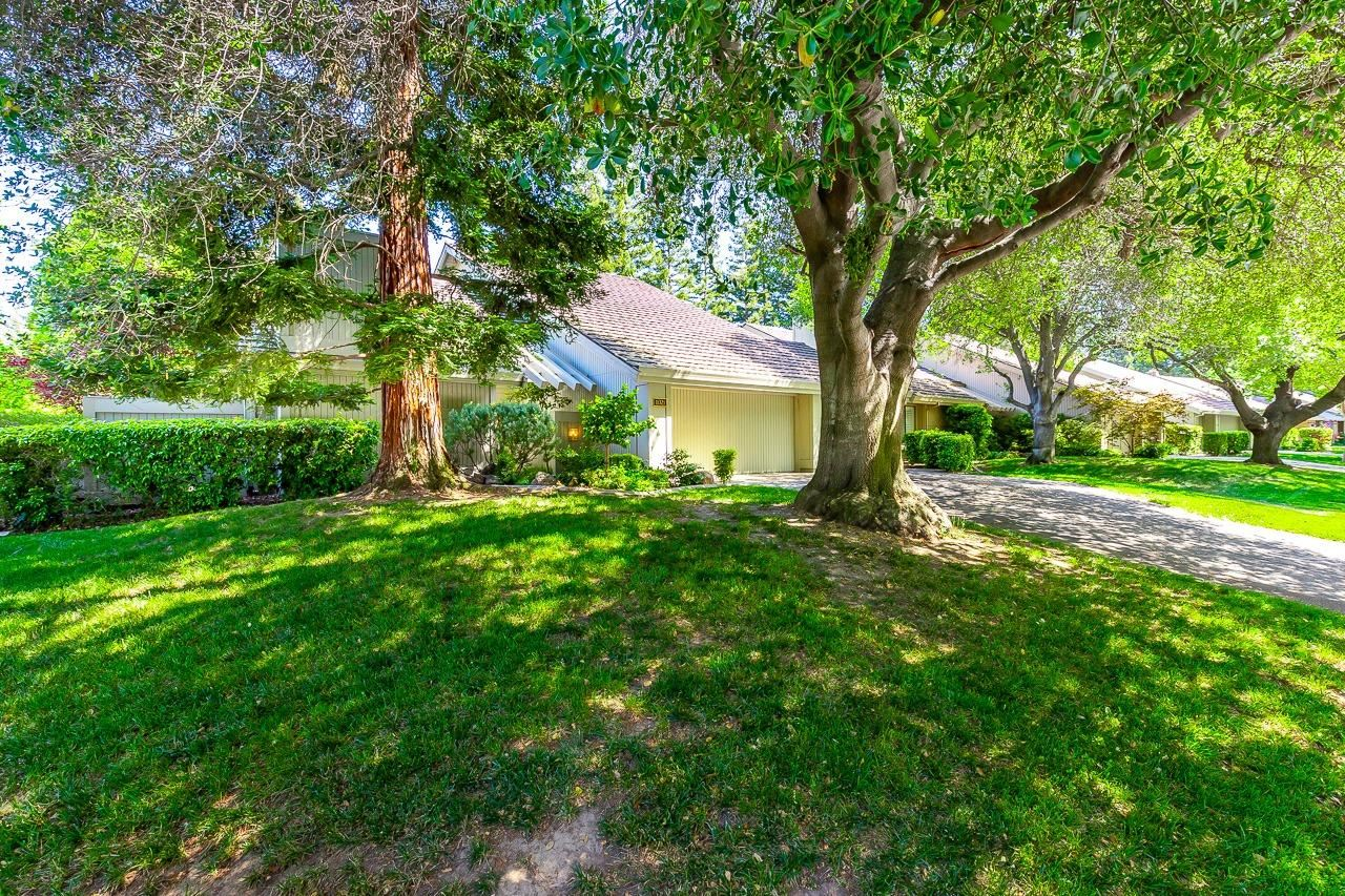11321 Sutters Mill Circle, Gold River, CA 95670 - MLS#: 221048584