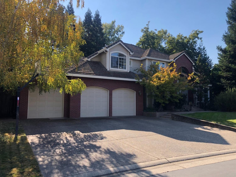 Photo of 8810 Barrister Lane, Fair Oaks, CA 95628 (MLS # 221013585)
