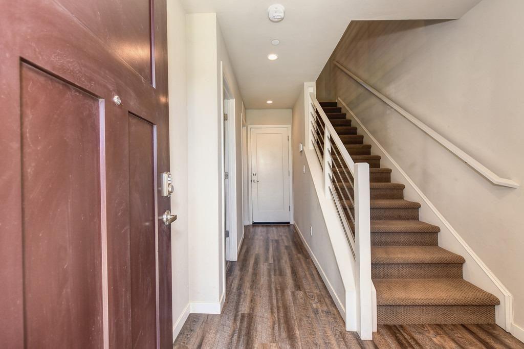 Photo of 2600 Cleat Lane, Sacramento, CA 95818 (MLS # 221011588)