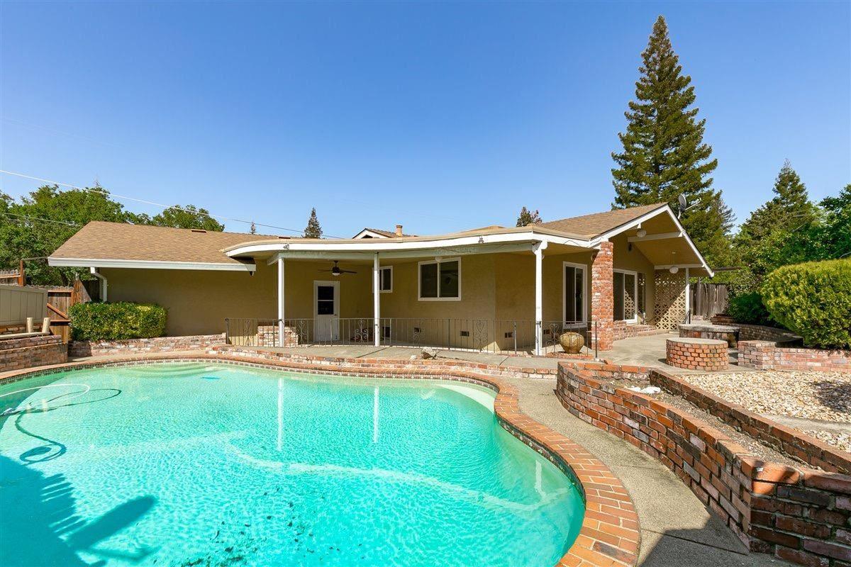 Photo of 7532 Twig Court, Granite Bay, CA 95746 (MLS # 221037590)