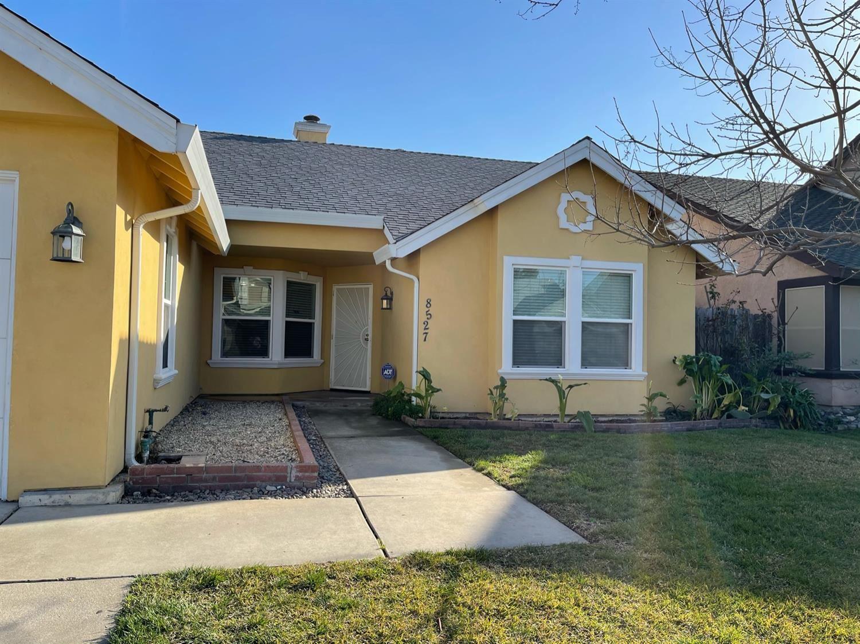 Photo of 8527 Delahye Circle, Sacramento, CA 95828 (MLS # 221014591)