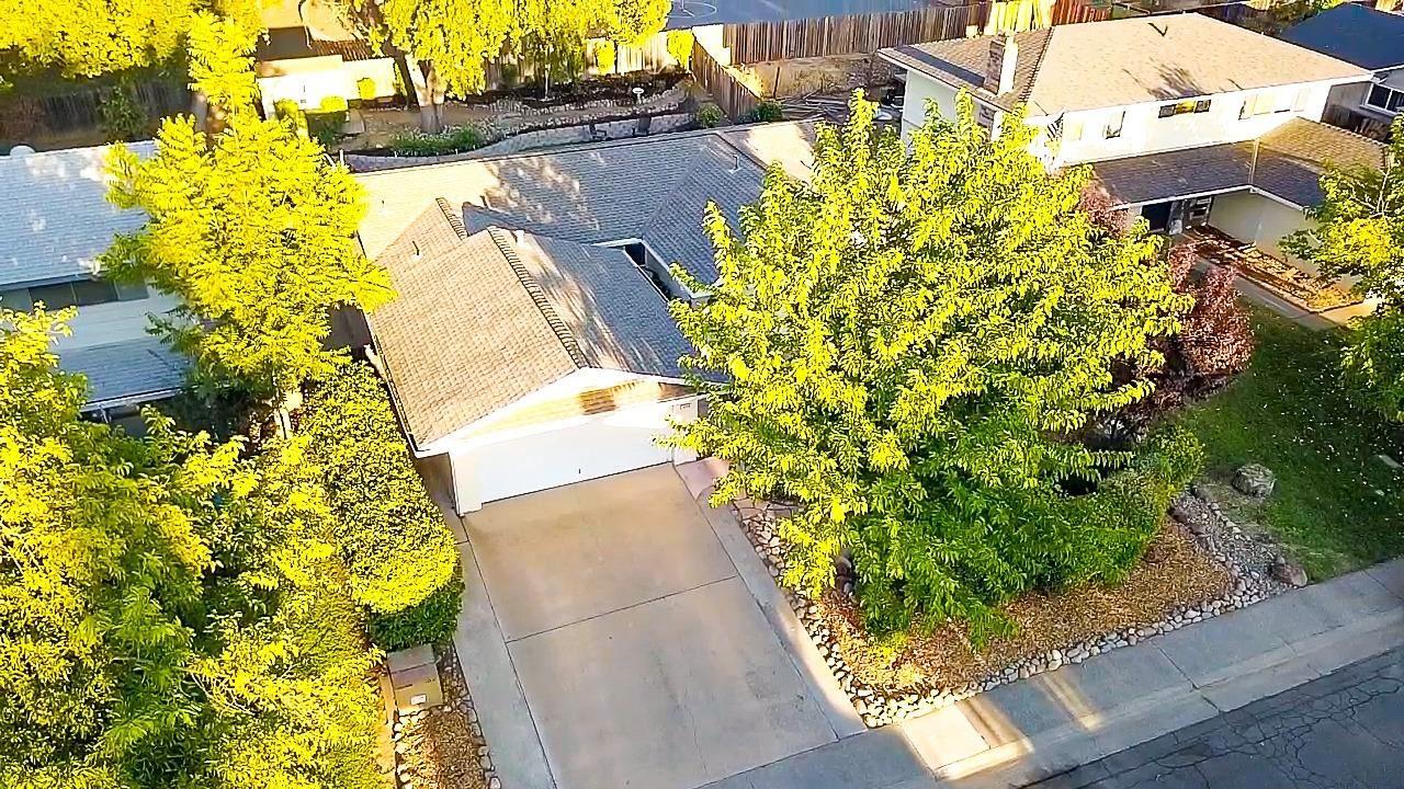 Photo of 4876 Papaya Drive, Fair Oaks, CA 95628 (MLS # 221116597)
