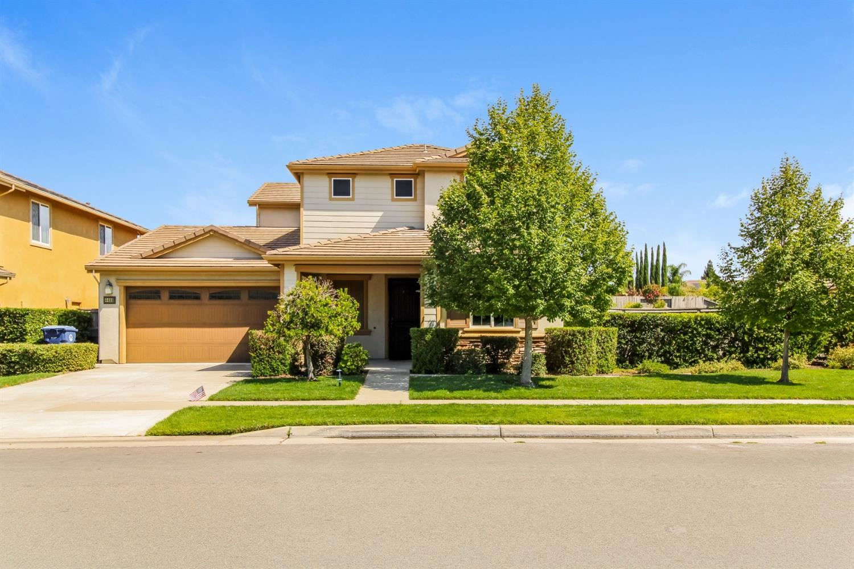 Photo of 4489 Anatolia Drive, Rancho Cordova, CA 95742 (MLS # 221116598)