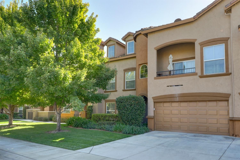 Photo of 5350 Dunlay Drive #814, Sacramento, CA 95835 (MLS # 20063606)