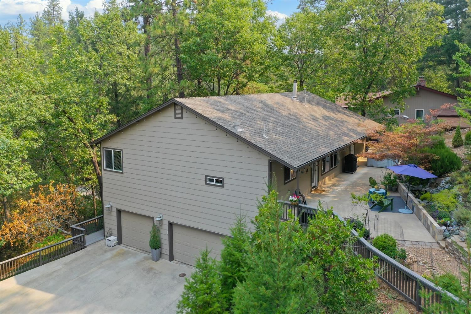 1110 Madrone Lane, Placerville, CA 95667 - MLS#: 221101606