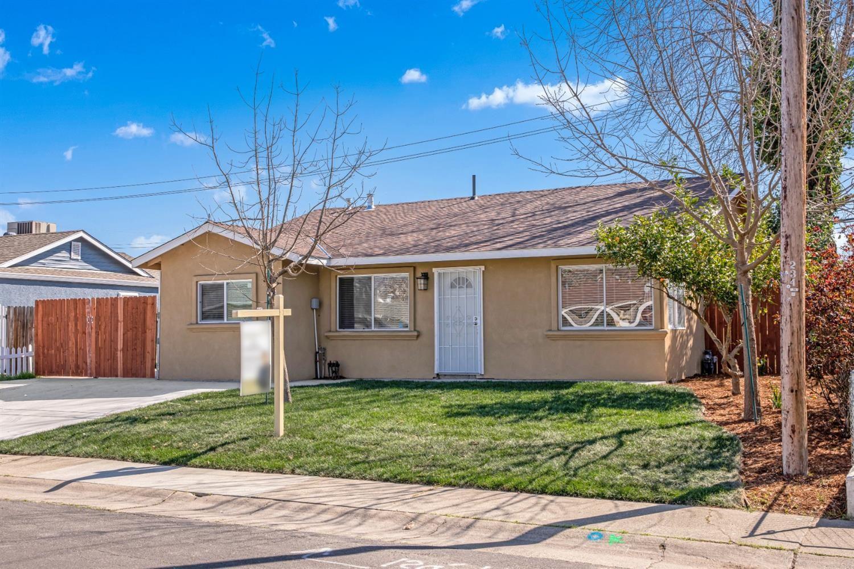 Photo of 2317 Kinsington Street, West Sacramento, CA 95691 (MLS # 221013609)