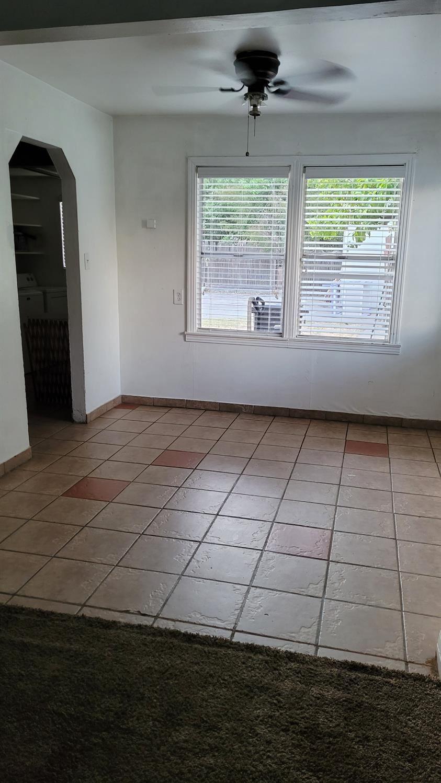 Photo of 1025 Victoria Avenue, Stockton, CA 95203 (MLS # 221071610)
