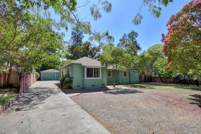 Photo of 5144 Marconi Avenue, Carmichael, CA 95608 (MLS # 221115611)