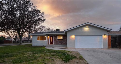 Photo of 3233 Shamrock Avenue, Merced, CA 95340 (MLS # 20077614)