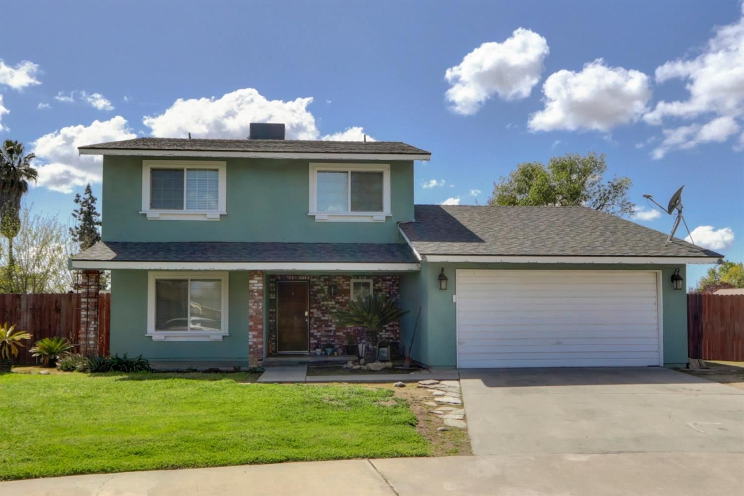 Photo of 1424 Betsy, Exeter, CA 93221 (MLS # 221030625)