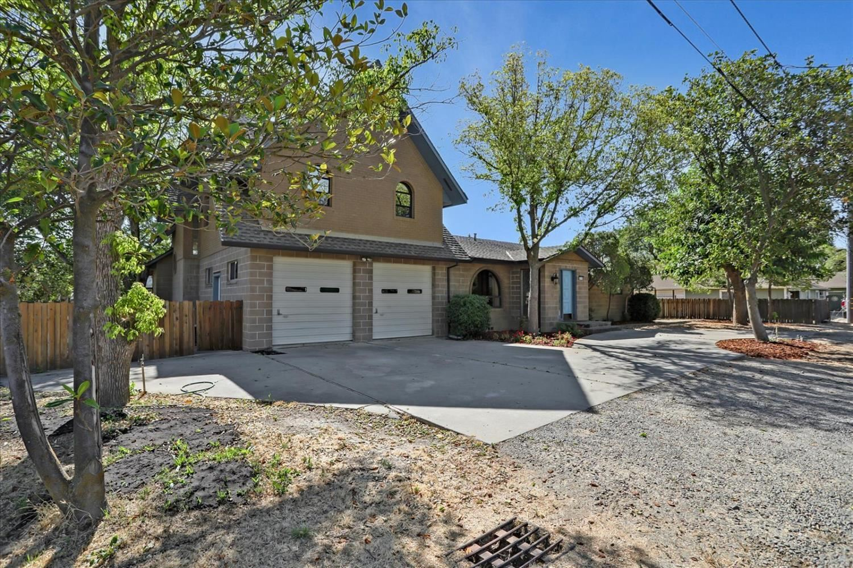 Photo of 3555 Seymour Avenue, West Sacramento, CA 95691 (MLS # 221088632)