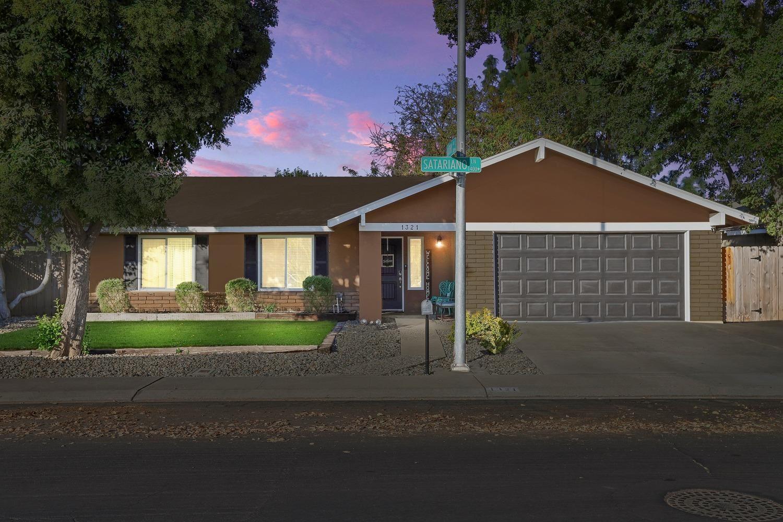 Photo of 1321 Satariano Lane, Modesto, CA 95355 (MLS # 20063634)