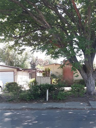 Photo of 2100 62nd Avenue, Sacramento, CA 95822 (MLS # 221037635)