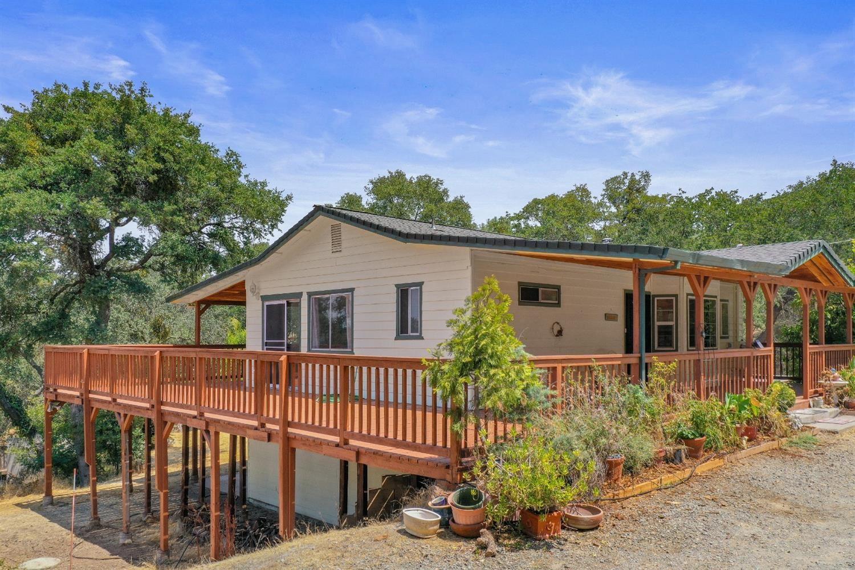 6160 Baldwin Street, Valley Springs, CA 95252 - MLS#: 221091653