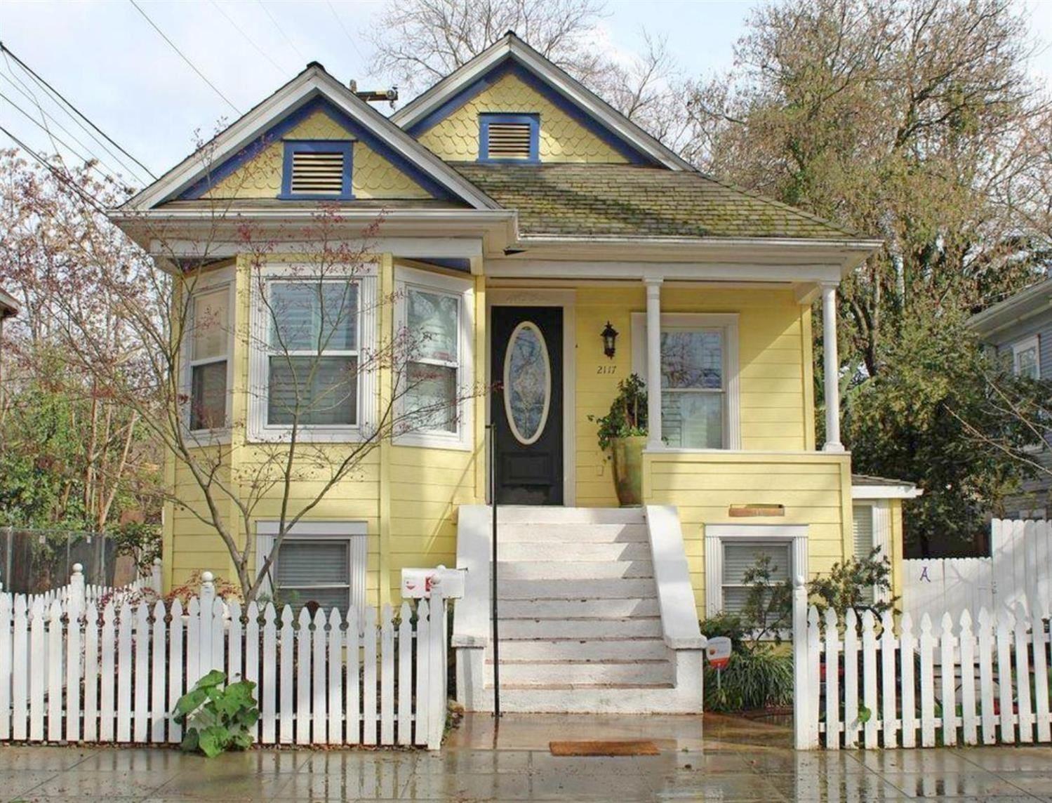 Photo of 2117 3rd Street, Sacramento, CA 95818 (MLS # 221049654)