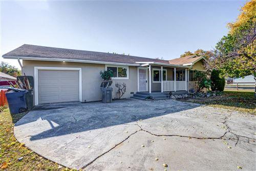Photo of 446 East Alexander Avenue, Merced, CA 95340 (MLS # 20070665)