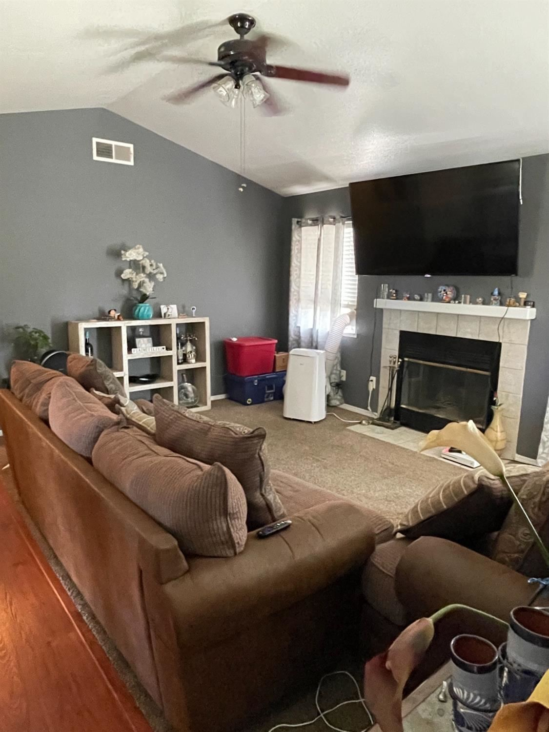 Photo of 632 Hillstock Ct, Patterson, CA 95363 (MLS # 221069667)