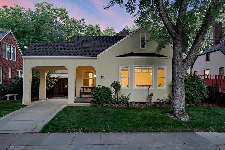 1713 40th Street, Sacramento, CA 95819 - #: 221048668