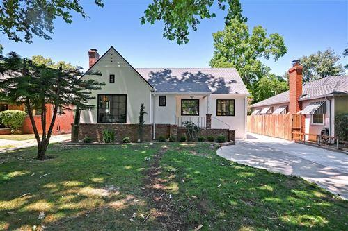 Photo of 2746 Land Park Drive, Sacramento, CA 95818 (MLS # 221071669)