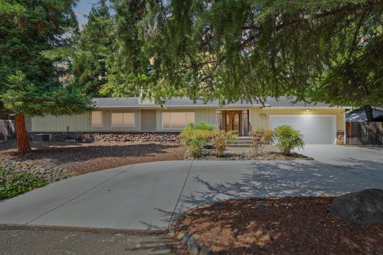 Photo of 4803 Minnesota Avenue, Fair Oaks, CA 95628 (MLS # 221078670)