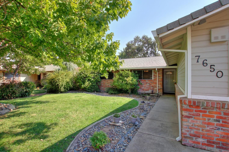 Photo of 7650 Glenacre Way, Citrus Heights, CA 95610 (MLS # 221095675)