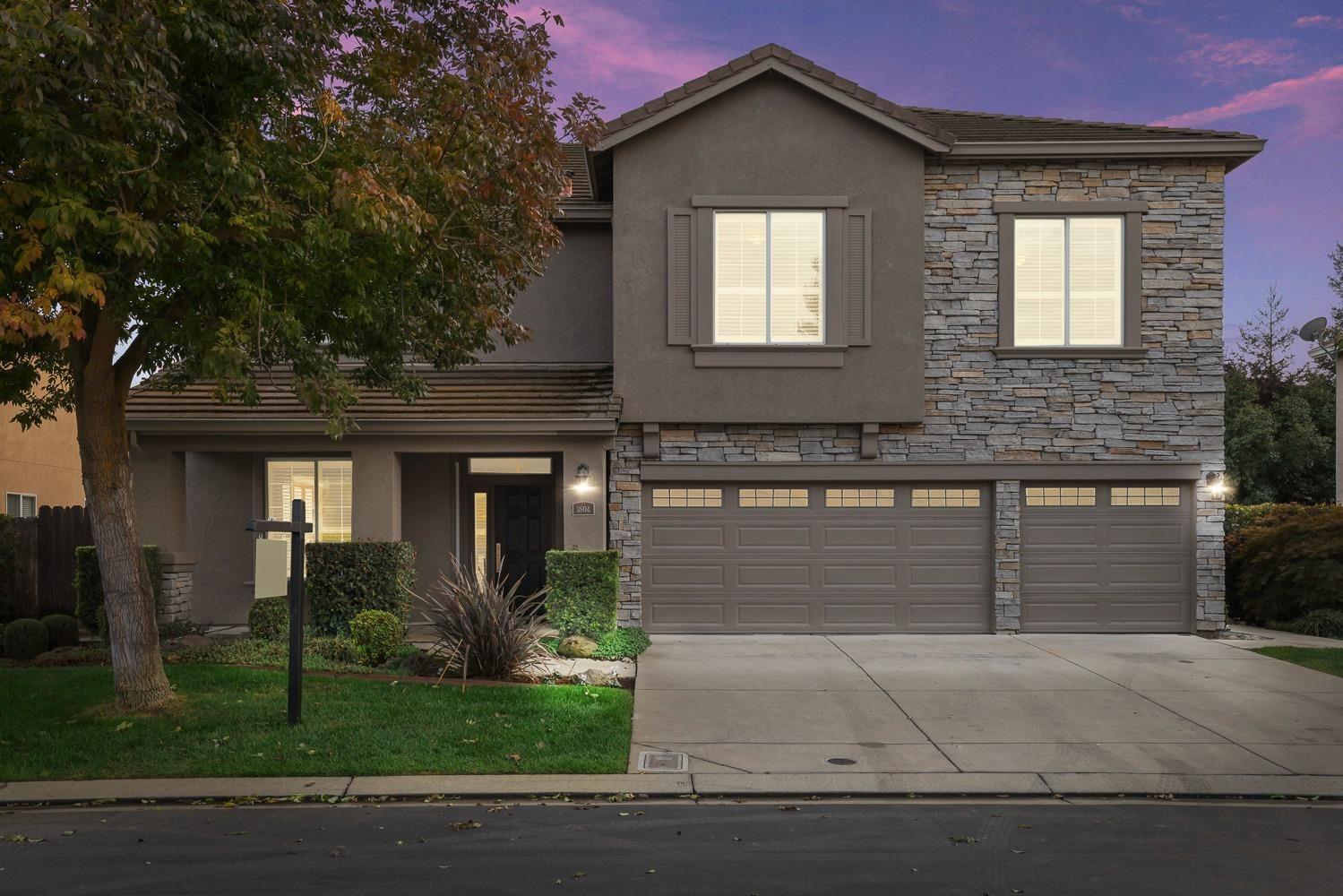 Photo of 1804 St Mayeul Drive, Modesto, CA 95356 (MLS # 221133676)