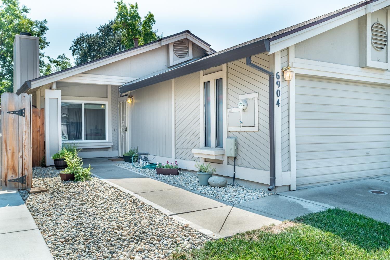 Photo of 6904 March Way, Elk Grove, CA 95758 (MLS # 221111682)