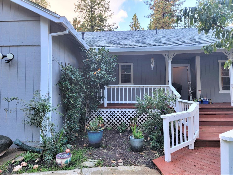 Photo of 3291 Graybar Mine Road, Garden Valley, CA 95633 (MLS # 221124686)