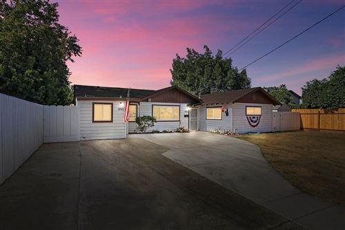 Photo of 990 Julian Street, Turlock, CA 95380 (MLS # 221011688)