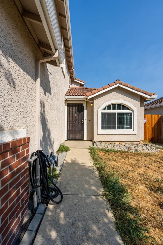 Photo of 7757 Dixie Lou Street, Sacramento, CA 95832 (MLS # 221118701)