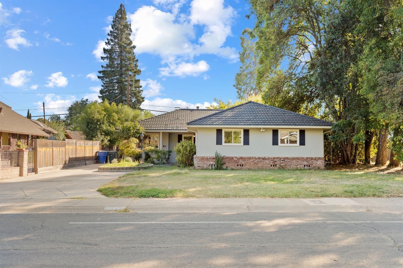 Photo of 1718 Wentworth Avenue, Sacramento, CA 95822 (MLS # 20063711)