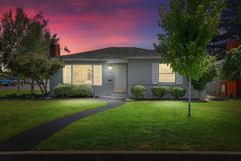 Photo of 1716 Kenneth Drive, Turlock, CA 95380 (MLS # 221082731)
