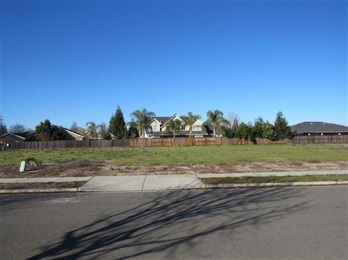 Photo of 4061 Country Walk Lane, Turlock, CA 95382 (MLS # 20002732)