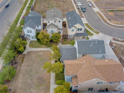 Photo of 305 Portico Drive, Merced, CA 95348 (MLS # 20042740)