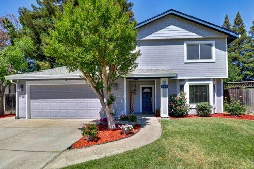 Photo of 948 Shellwood Way, Sacramento, CA 95831 (MLS # 221041742)