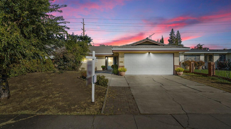 283 Prado Way, Stockton, CA 95207 - MLS#: 221130746