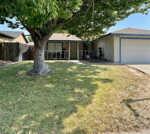 Photo of 6926 Sprig Drive, Sacramento, CA 95842 (MLS # 20055749)