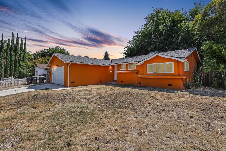 8900 Custer Avenue, Orangevale, CA 95662 - MLS#: 221085750