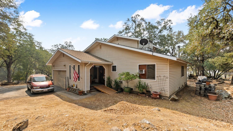 Photo of 3748 Baldwin Drive, Placerville, CA 95667 (MLS # 221105755)