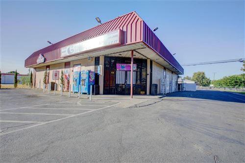 Photo of 836 T Street, Merced, CA 95341 (MLS # 20044764)