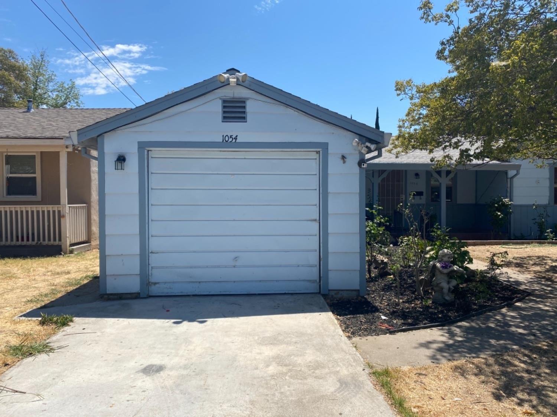1054 Acacia Avenue, Sacramento, CA 95815 - MLS#: 221082768