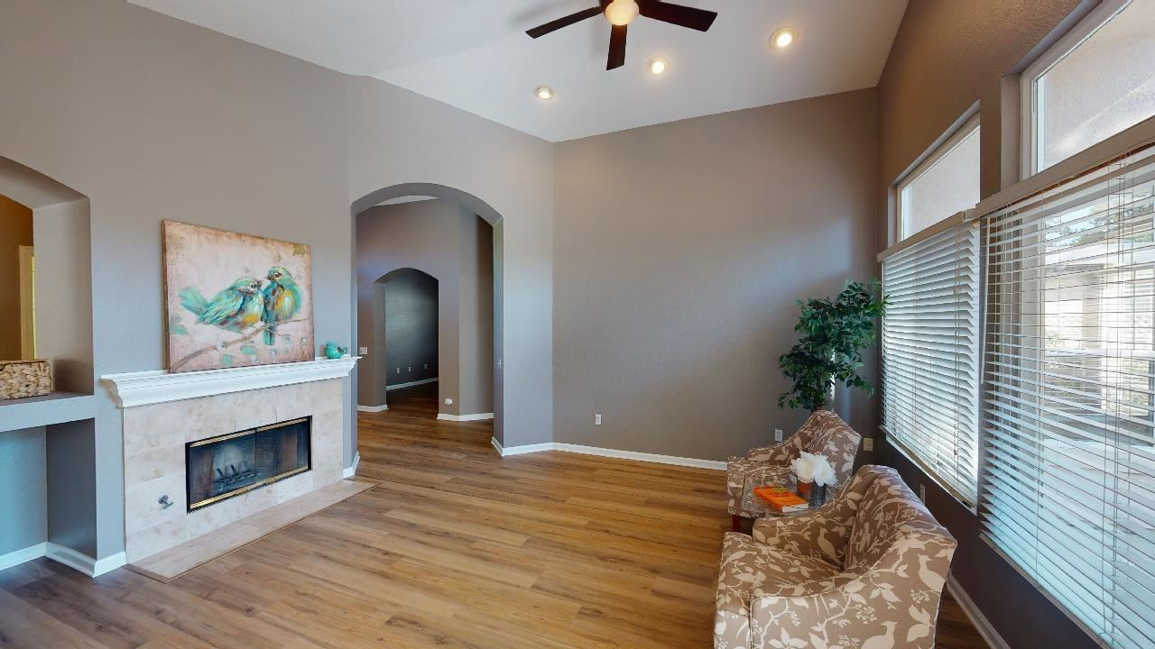 Photo of 149 Southern Cross Court, Roseville, CA 95747 (MLS # 221117780)