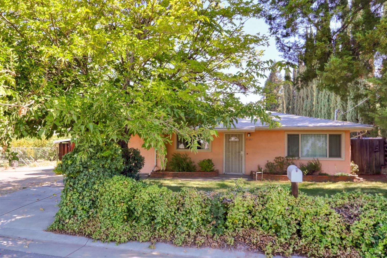 7300 Almond Avenue, Orangevale, CA 95662 - MLS#: 221122781