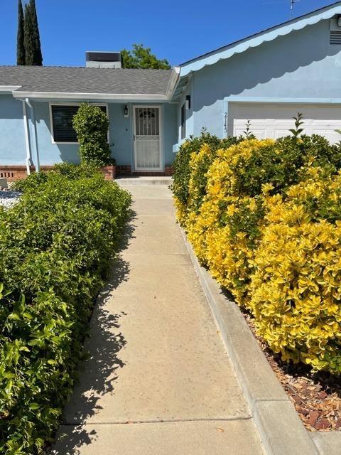 Photo of 2145 Bircher Way, Carmichael, CA 95608 (MLS # 221037787)