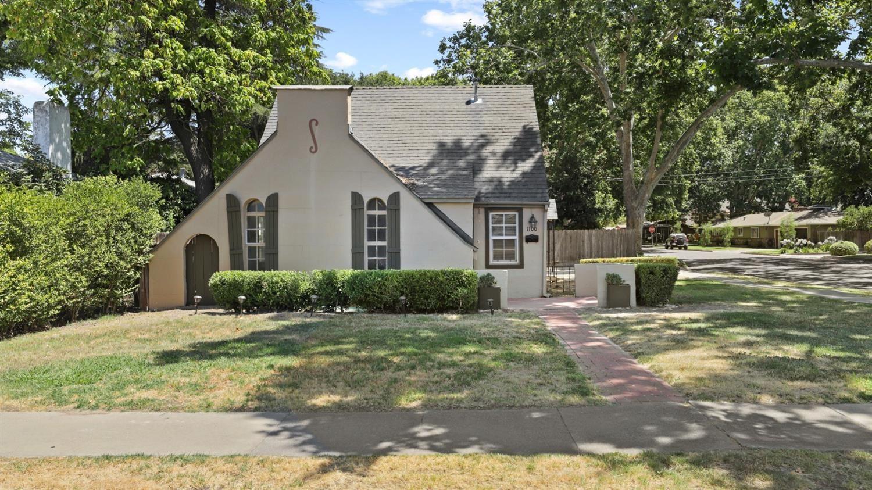 Photo of 1100 Main Street, Turlock, CA 95380 (MLS # 221088787)