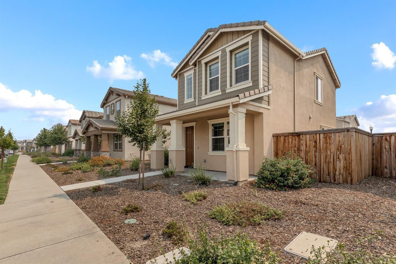 Photo of 2558 Amelia Earhart Avenue, Sacramento, CA 95834 (MLS # 221095787)