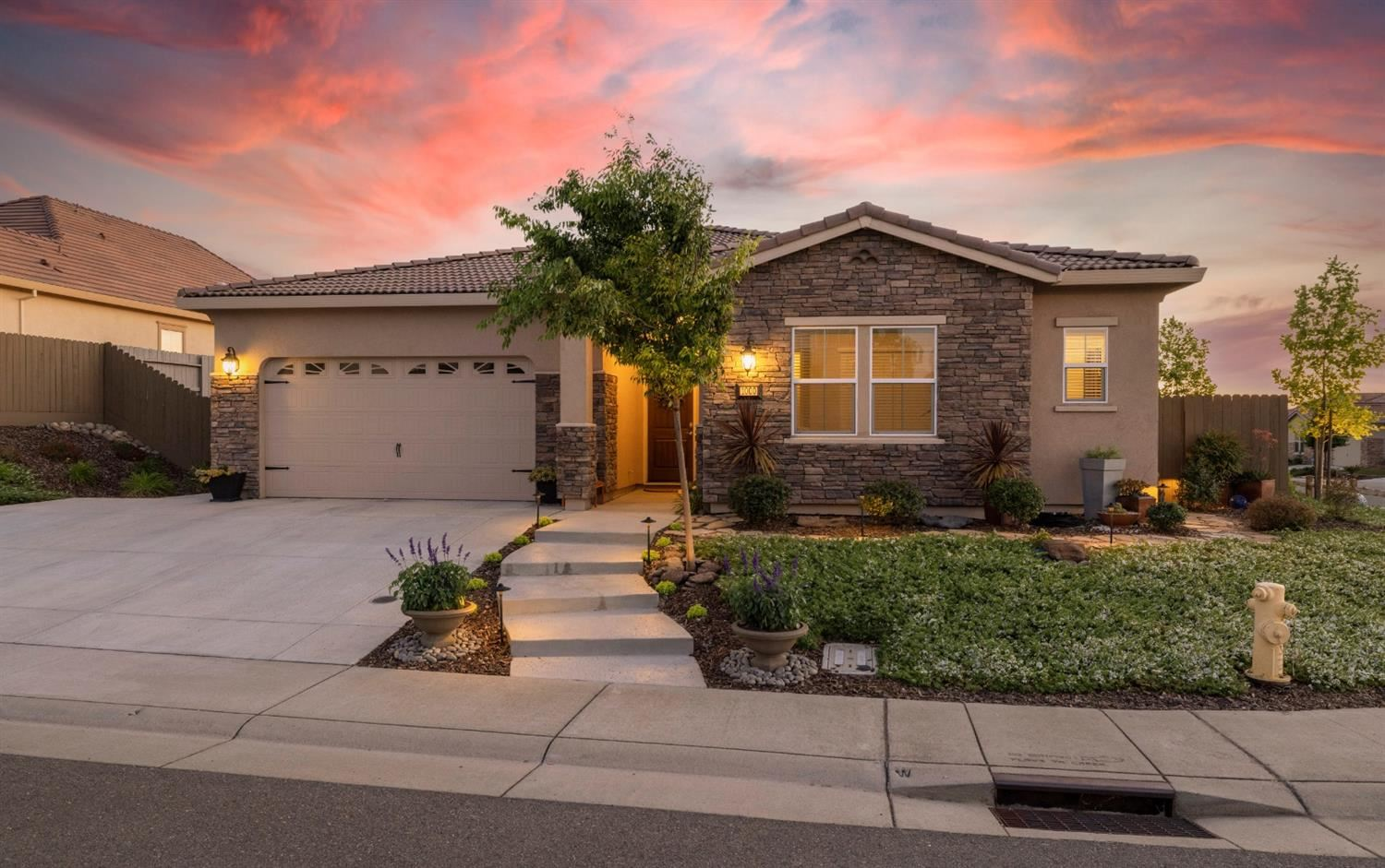 Photo of 1000 Limpkin Court, Lincoln, CA 95648 (MLS # 221049793)