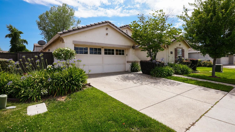 11808 Azalea Garden Way, Rancho Cordova, CA 95742 - MLS#: 221077794